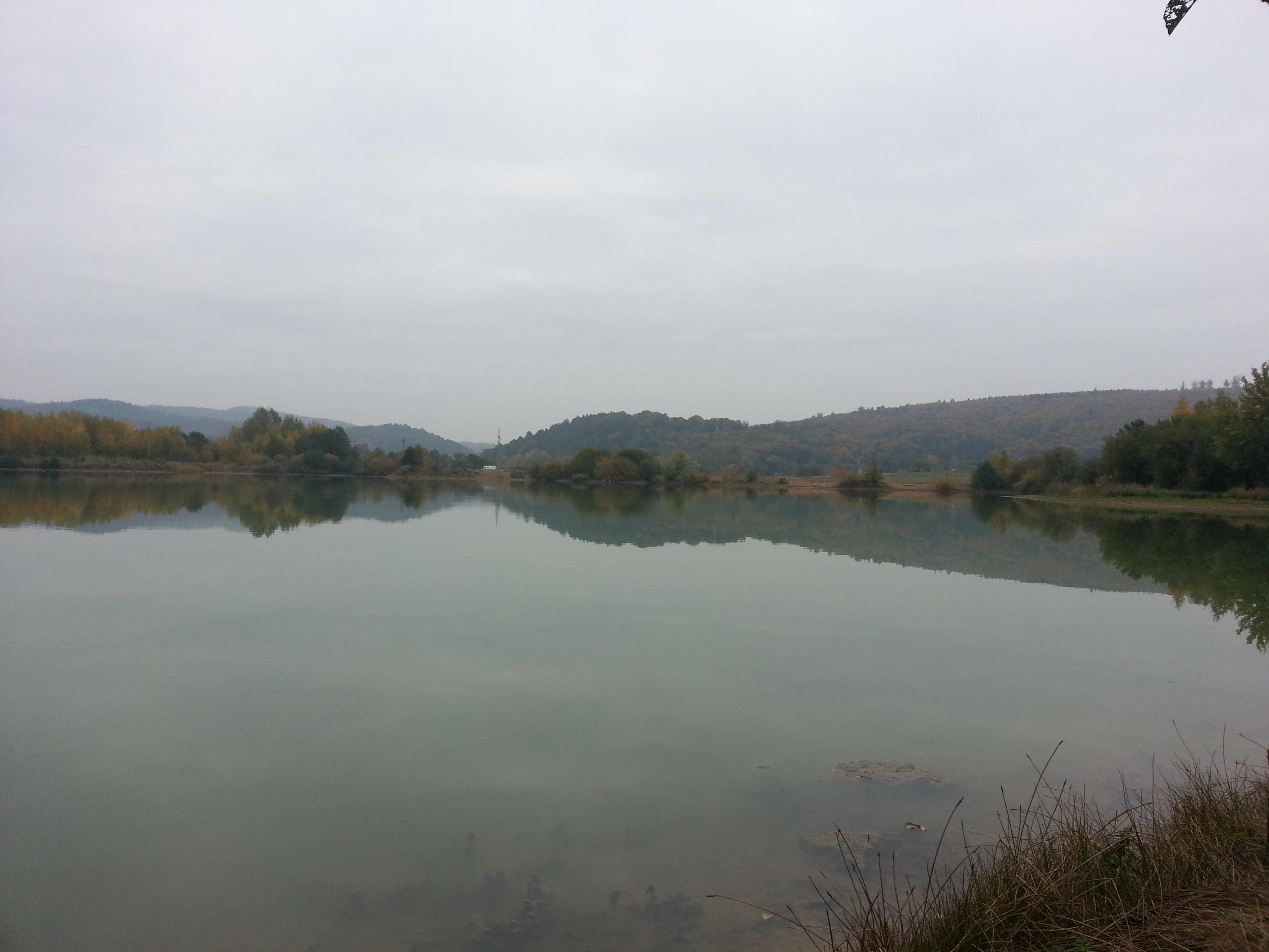 Frischwasser-See Niederweimar